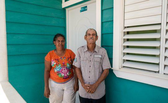 Dominicanos con viviendas dignas