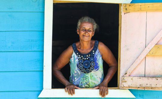 Hábitat enseña construcción resistente en el Caribe