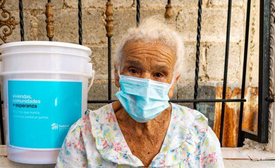 Como ayudar a familias dominicanas ante la pandemia y la temporada ciclónica